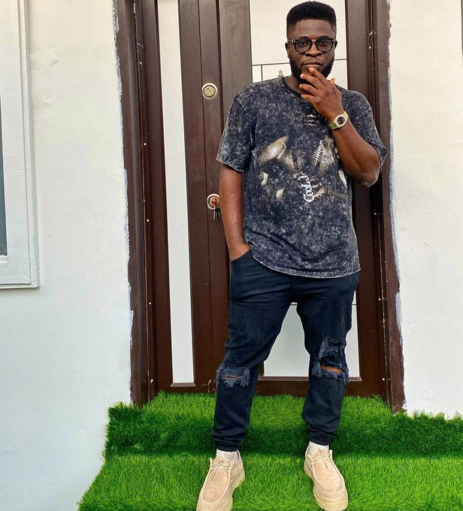 Comedian, Craze Clown narrates incident that made him decide against taking his daughter to a Lekki hospital